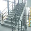 cầu thang thoát hiểm nhà cao tầng