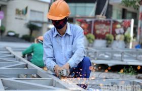 Các hành vi bị nghiêm cấm trong lĩnh vực an toàn vệ sinh lao động