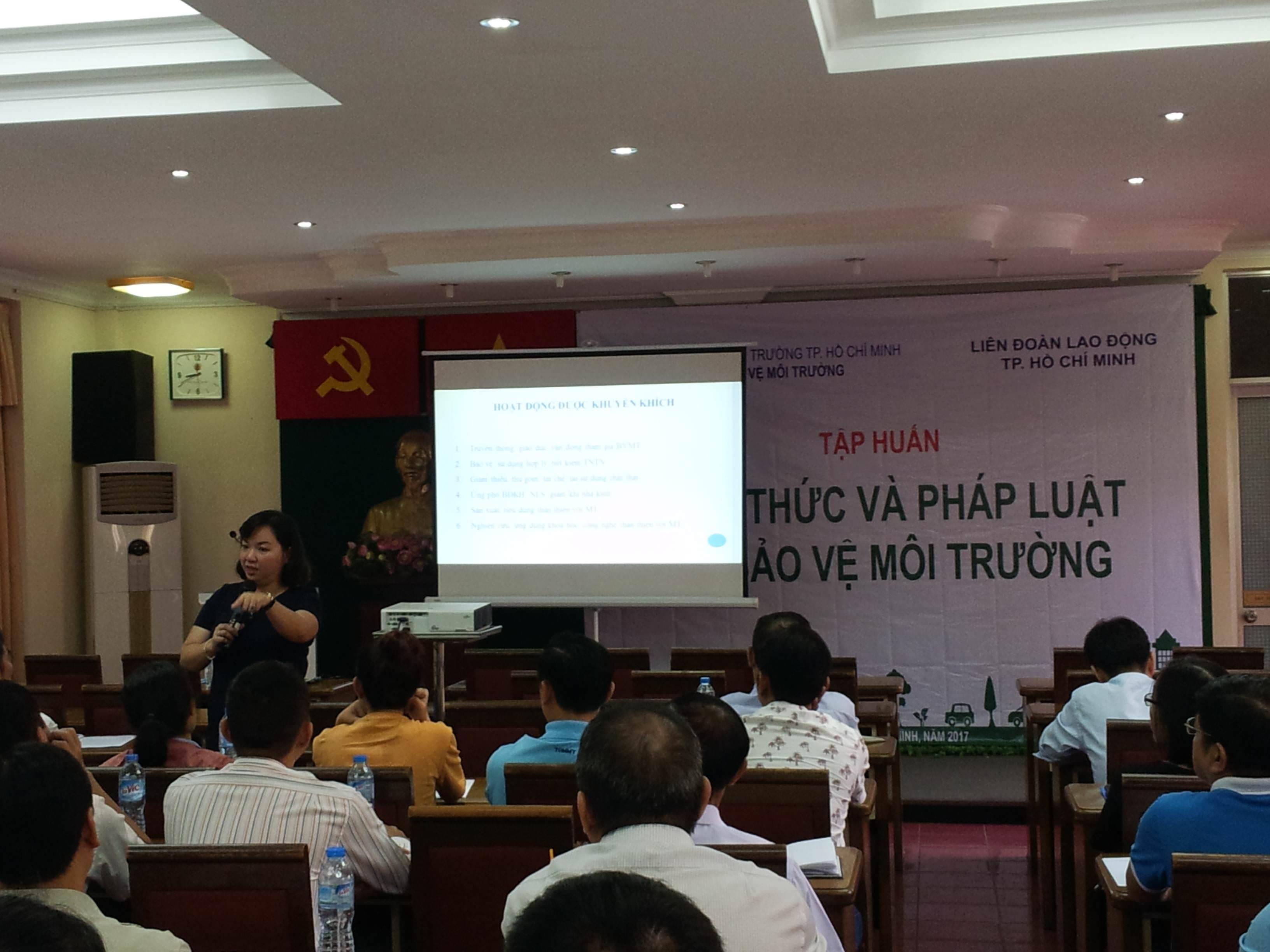Buổi tập huấn kiến thức bảo vệ môi trường tổ chức bởi Chi cụcBảo vệmôi trườngThành phố Hồ Chí Minh, thực hiện bởi Công ty Cổ phần Phát triển GRECO